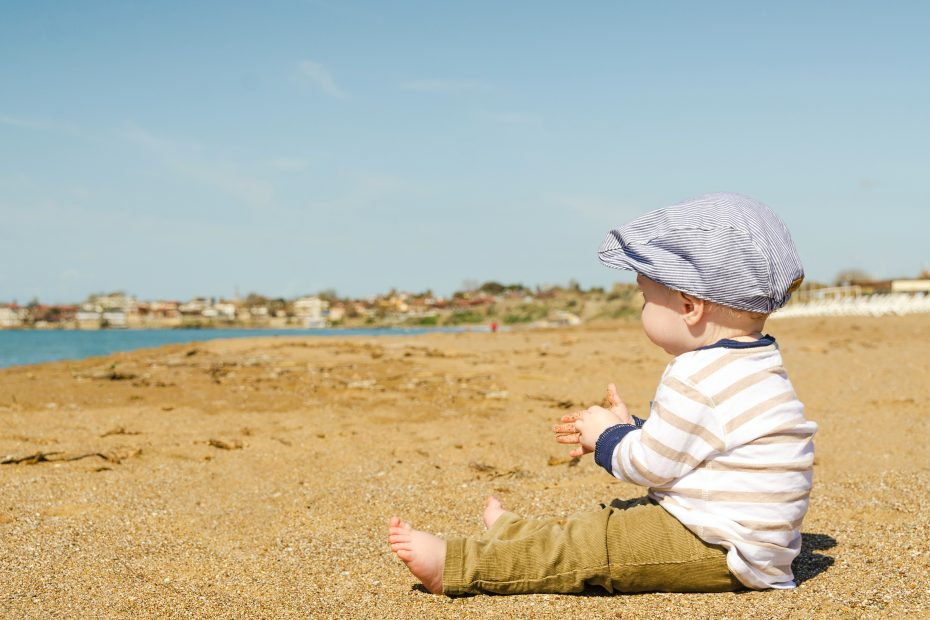 Sunny warm weather can make sleep for babies difficult